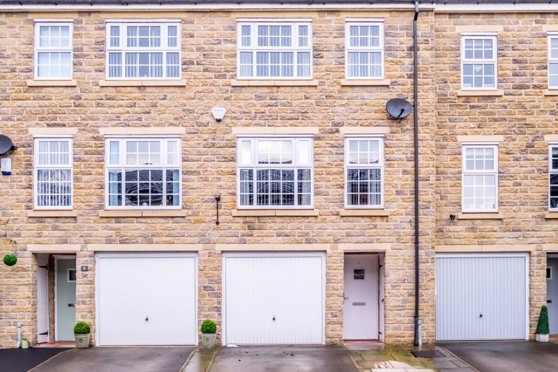property-for-sale-3-bedroom-0-in-bailiff-bridge-2
