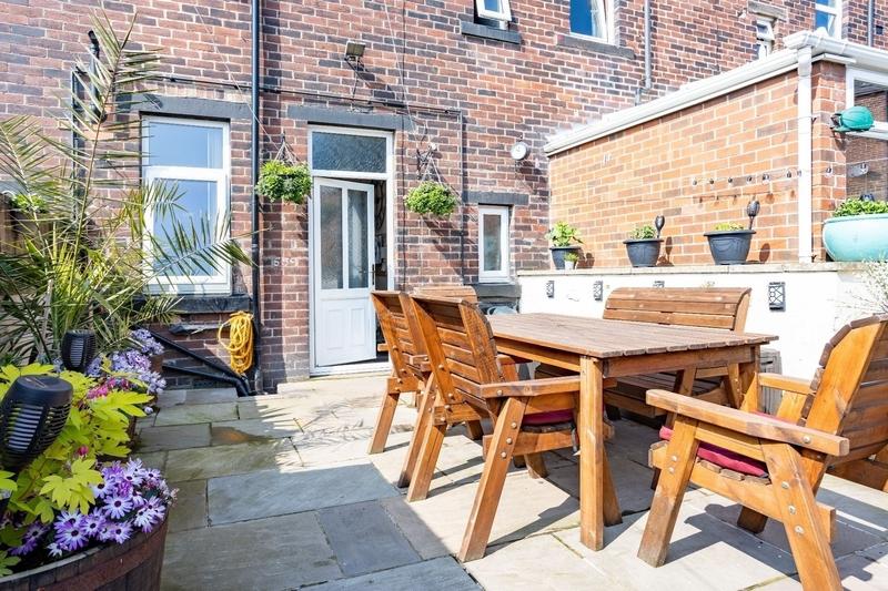 property-for-sale-3-bedroom-1-in-low-moor