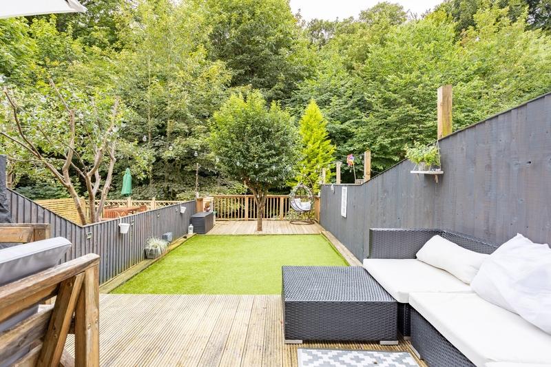 property-for-sale-4-bedroom-0-in-bailiff-bridge-2