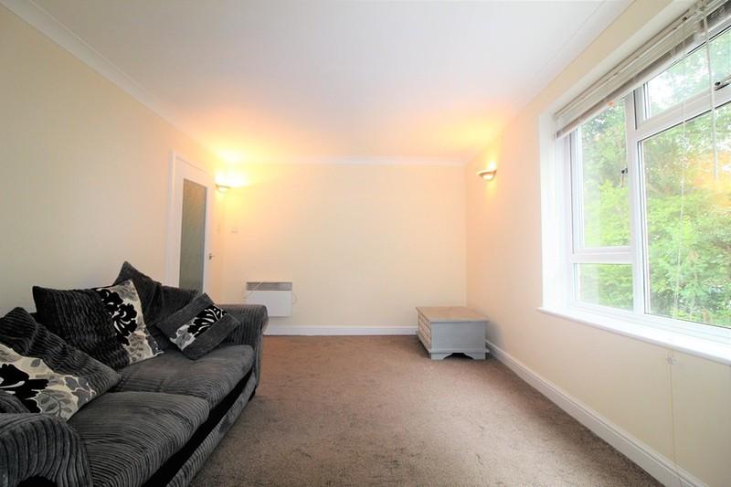 property-for-sale-blackbridge-lane-horsham-rh12