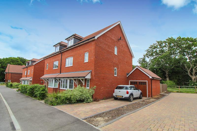 property-for-sale-16-billingshurst-rh14