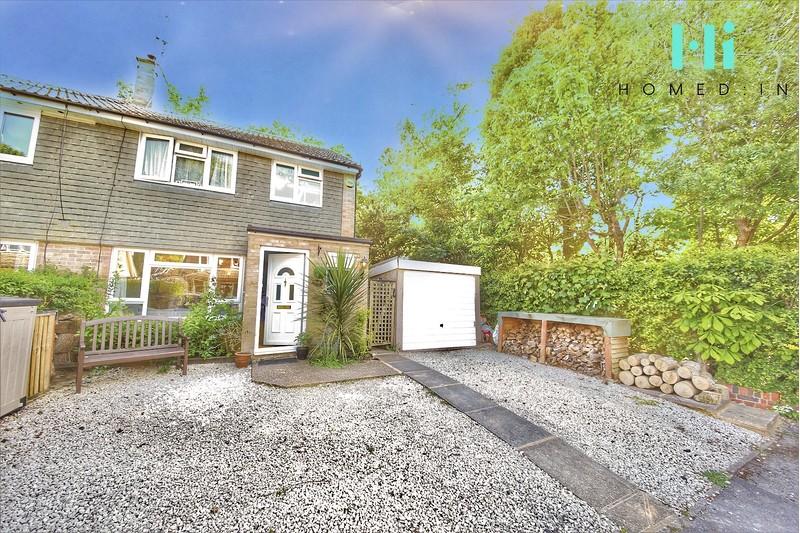 property-sale-agreed-longpoles-road-cranleigh-gu6