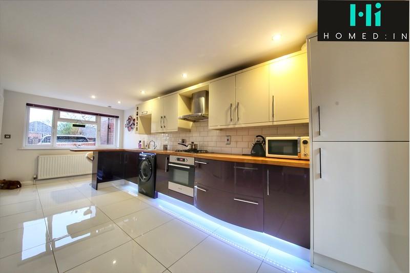property-sale-agreed-jay-close-southwater-rh13