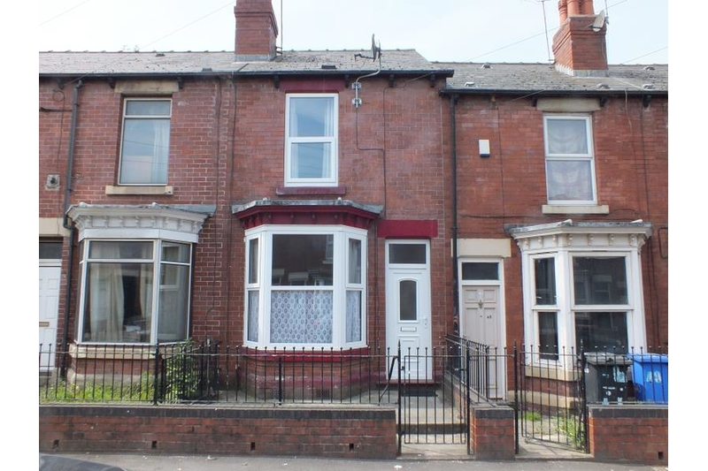 property-for-rent-2-bedroom-terrace-in-tinsley