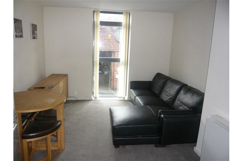 property-for-rent-1-bedroom-flat-in-bailey-street-2
