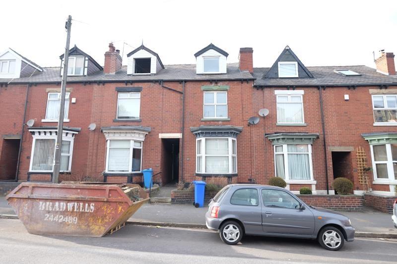 property-for-rent-3-bedroom-terrace-in-millhouses