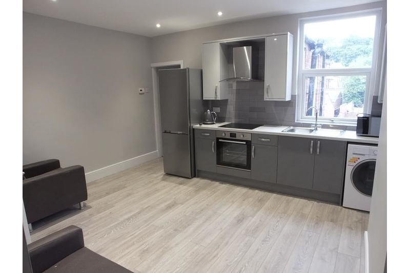 property-for-rent-3-bedroom-apartment-in-sheffield