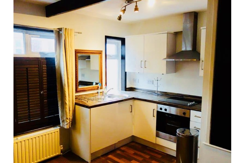property-for-rent-1-bedroom-maisonette-in-nether-edge