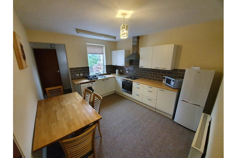 property-for-rent-2-bedroom-flat-in-chesterfield-road
