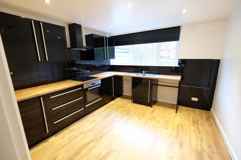 property-for-rent-3-bedroom-town-house-in-batemoor