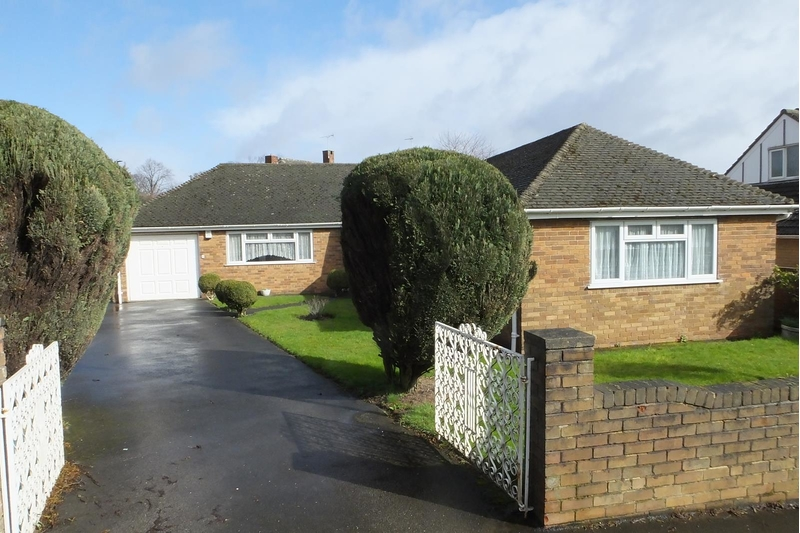 property-for-sale-3-bedroom-detached-bungalow-in-sheffield-5