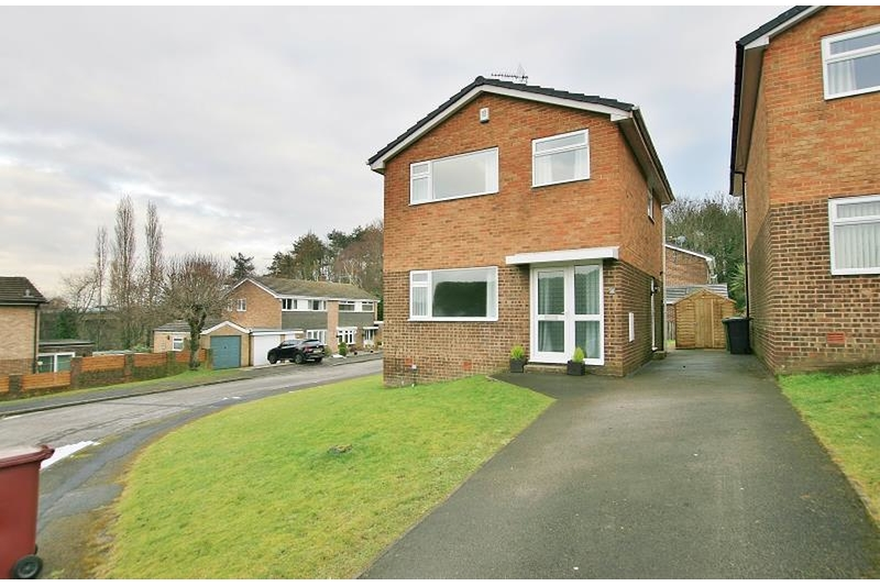 property-for-rent-3-bedroom-detached-in-dronfield-woodhouse