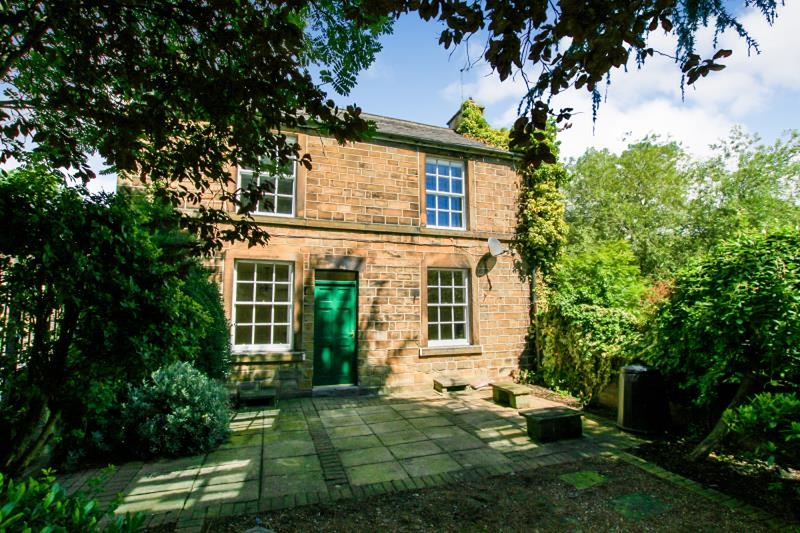 property-for-rent-2-bedroom-detached-in-105-chesterfield-road
