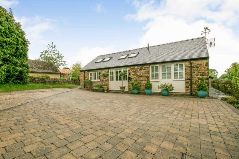 property-for-sale-2-bedroom-bungalow-in-holmesfield-2