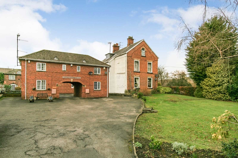 property-for-sale-1-bedroom-semi-in-chesterfield