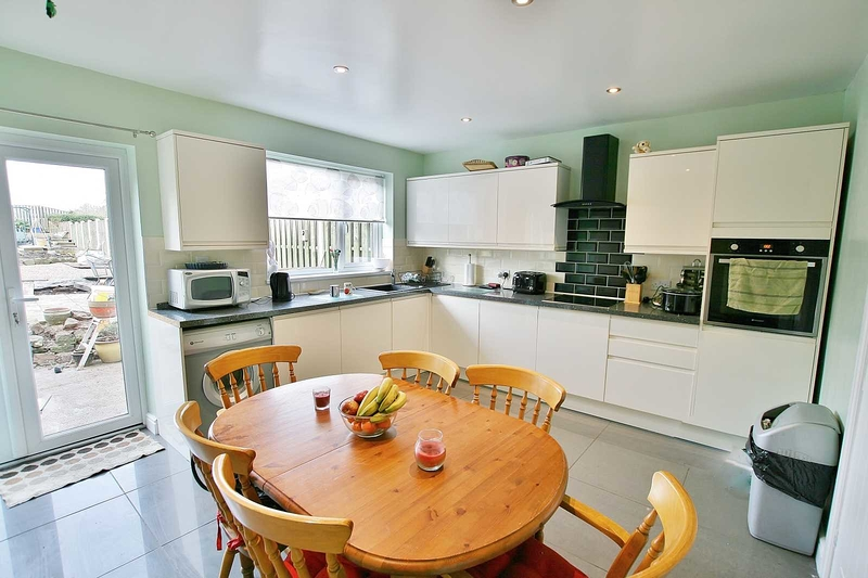 property-for-sale-3-bedroom-semi-in-dronfield-6
