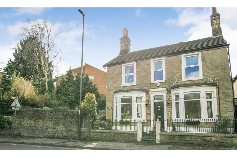 property-for-sale-4-bedroom-detached-in-dronfield