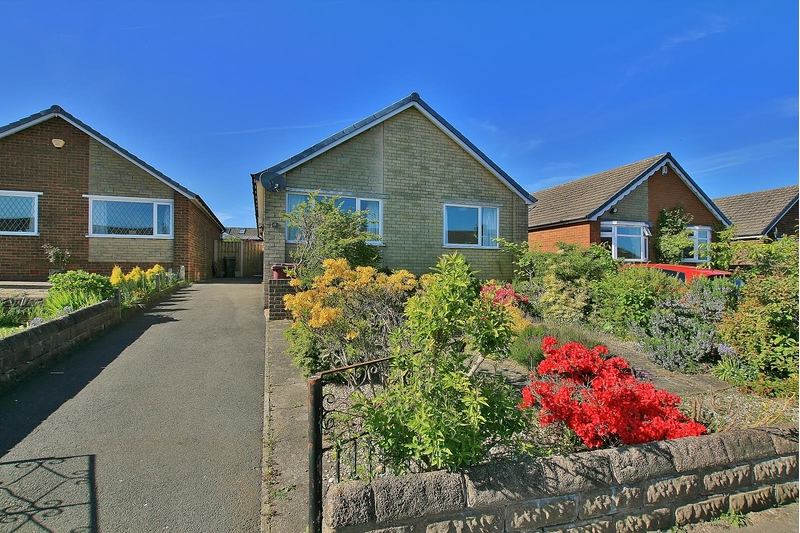 property-for-sale-3-bedroom-bungalow-in-dronfield-5