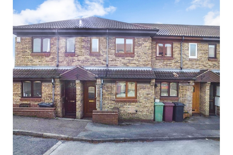 property-for-sale-2-bedroom-town-house-in-dronfield