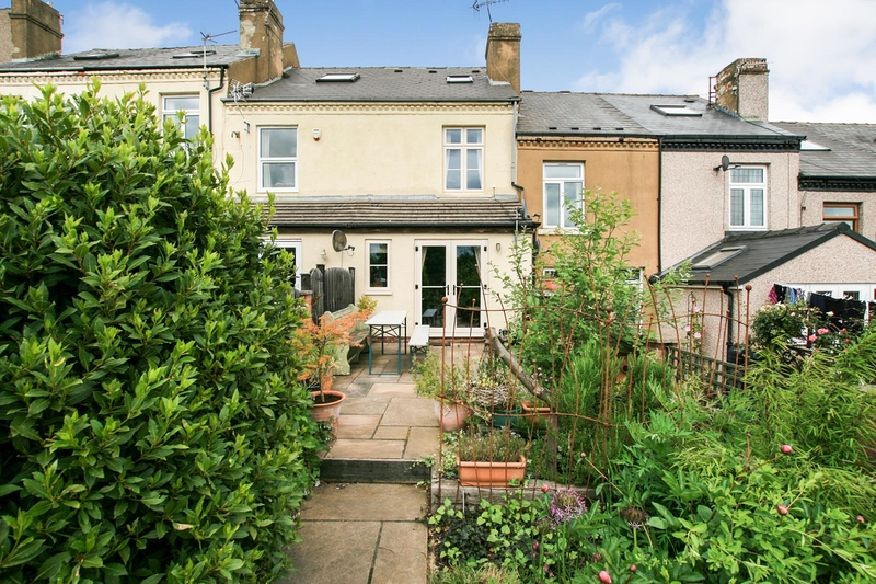 property-for-sale-3-bedroom-terrace-in-dronfield