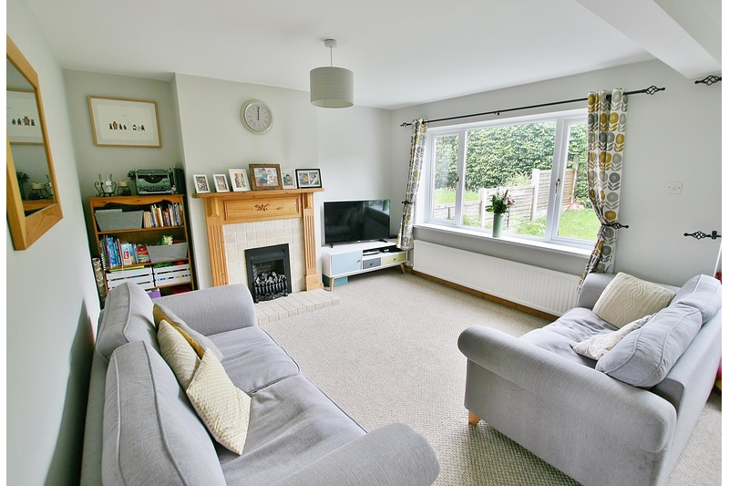 property-for-sale-3-bedroom-semi-in-dronfield-17