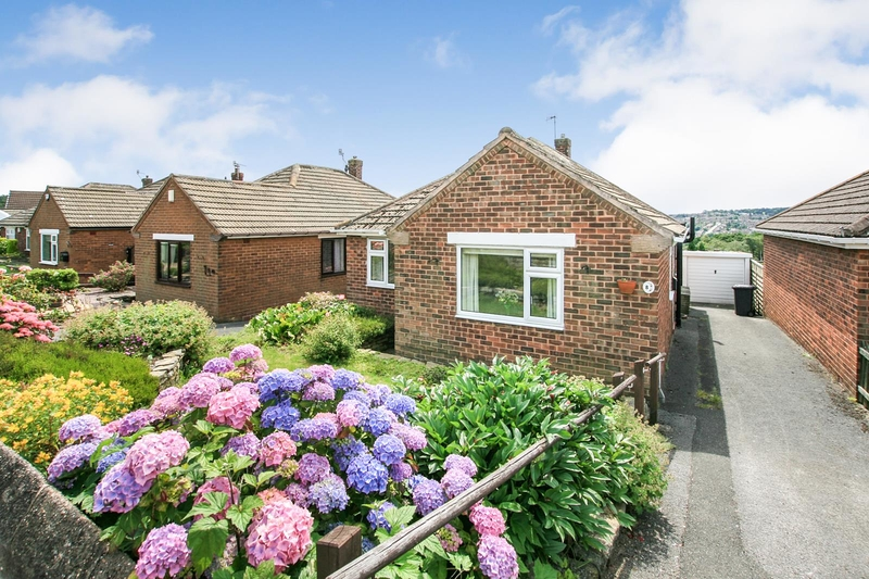 property-for-sale-3-bedroom-bungalow-in-dronfield-8