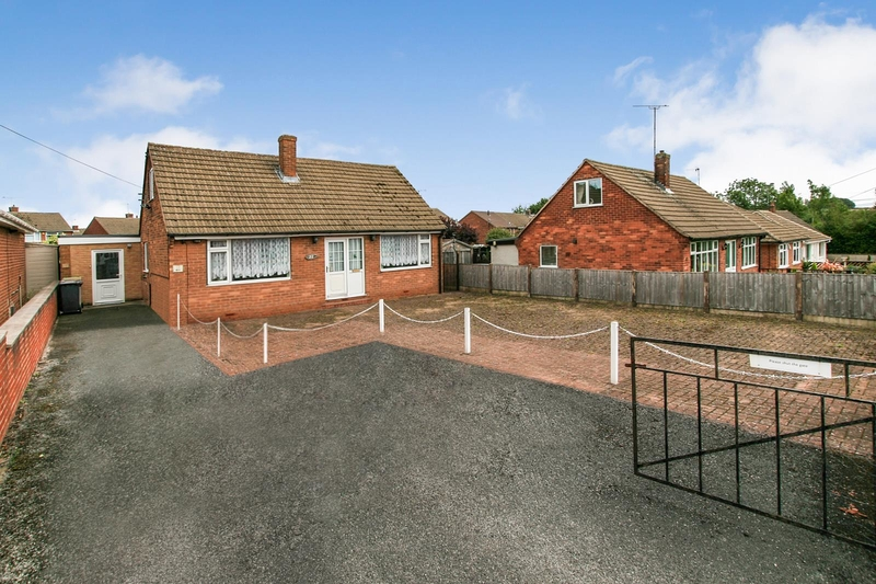 property-for-sale-3-bedroom-bungalow-in-chesterfield