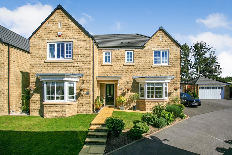 property-for-sale-5-bedroom-detached-in-dronfield-woodhouse-2
