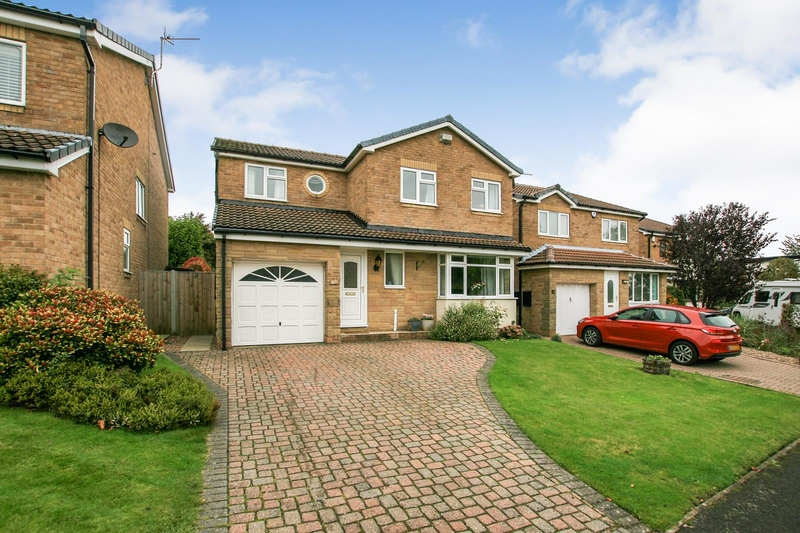property-for-sale-4-bedroom-detached-in-dronfield-woodhouse-6