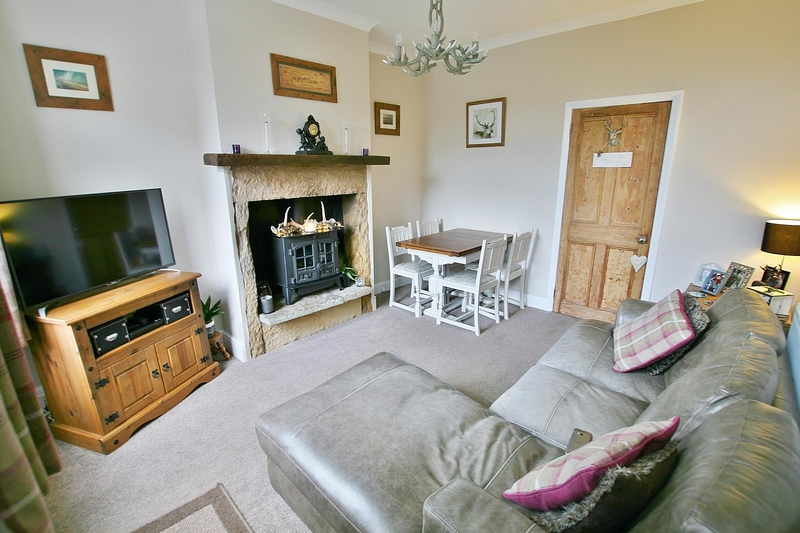 property-for-sale-2-bedroom-terrace-in-dronfield-6