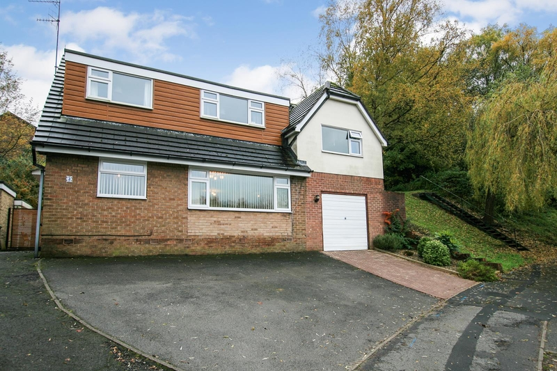 property-for-sale-4-bedroom-detached-in-dronfield-8