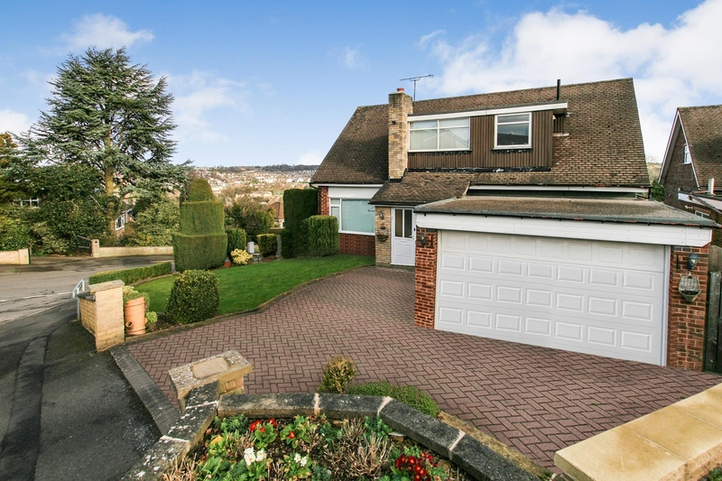 property-for-sale-4-bedroom-detached-in-dronfield-10