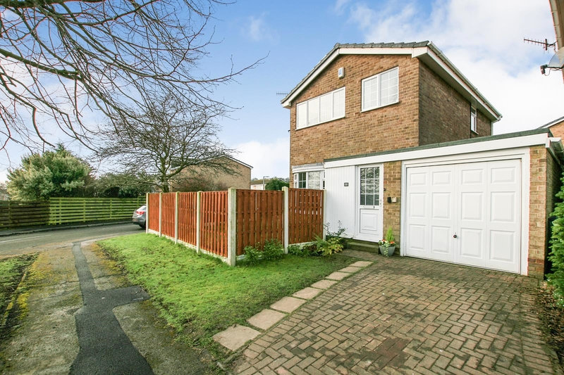 property-for-sale-3-bedroom-detached-in-dronfield-woodhouse-5