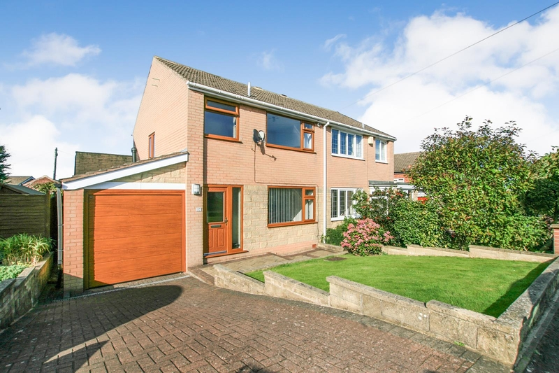 property-for-sale-3-bedroom-semi-in-dronfield-40