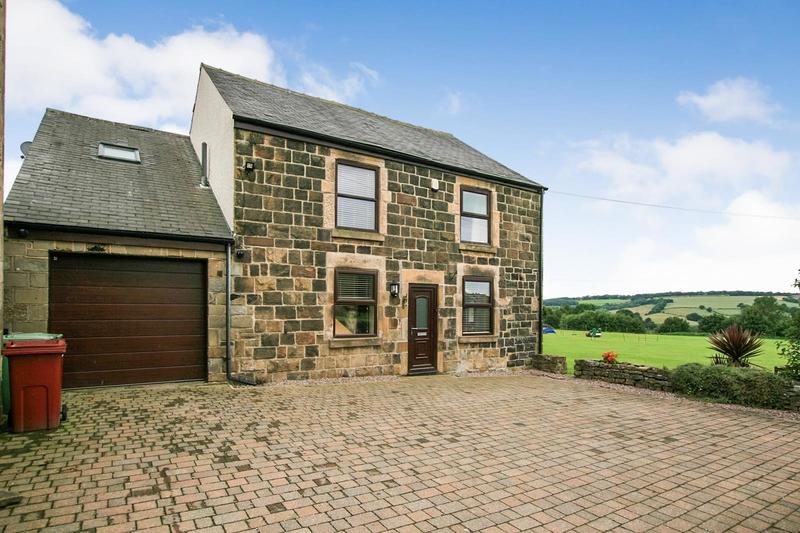 property-for-sale-4-bedroom-detached-in-hundall