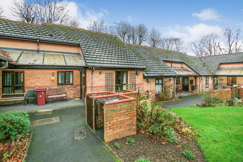 property-for-sale-1-bedroom-bungalow-in-dronfield-4
