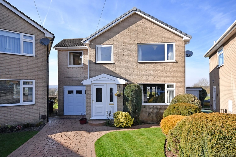 property-for-sale-4-bedroom-detached-in-dronfield-2