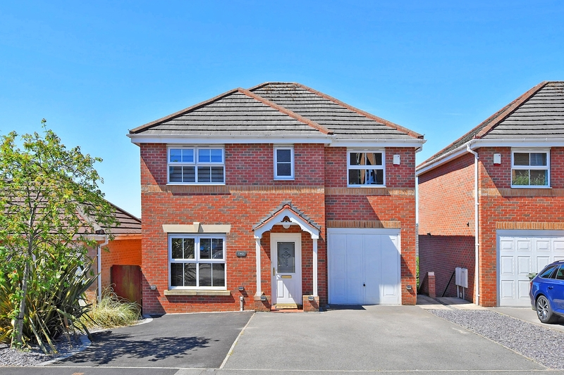 property-for-sale-5-bedroom-detached-in-chesterfield