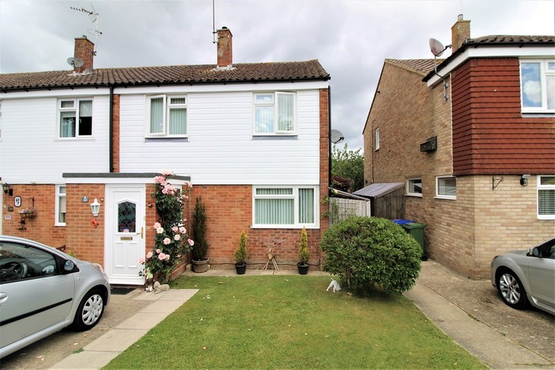 property-sale-agreed-corsletts-avenue-broadbridge-heath-rh12